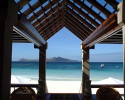 http://www.pacificislandscuba.com/wp-content/uploads/2014/03/beachclub.jpg